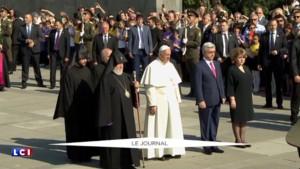 Arménie : le pape se recueille devant la flamme perpétuelle du mémorial du génocide arménien