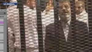 Egypte : Mohamed Morsi à son procès, le 3/11/13
