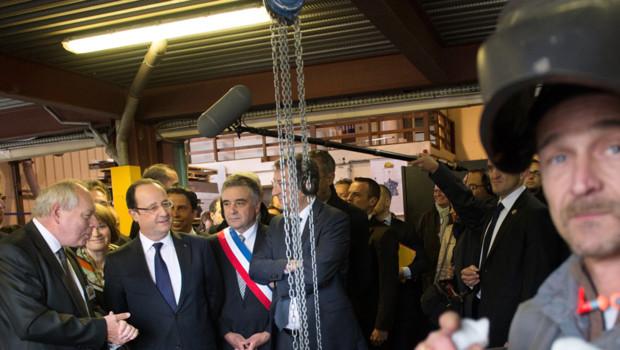 François Hollande en déplacement aux Mureaux