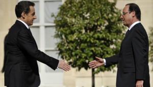 L'ancien président Nicolas Sarkozy qui était au sixième rang en juin, passe au 12ème rang en perdant 6 points d'opinions favorables (40% en juillet contre 46 en juin).