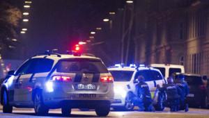 Policiers dans une rue de Copenhague après la fusillade le 15 février 2015.