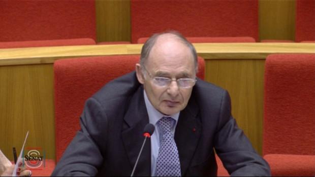Le Pr Alexandre, ancien responsable de l'Agence du médicament