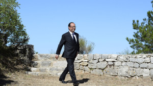 Le Président Hollande à son arrivée aux commémorations du débarquement de Provence le 16 août 1944