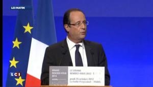 """Compétitivité : Hollande promet un """"pacte"""" mais pas de """"choc"""""""