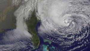Photo satellite de l'ouragan Sandy à proximité de la côte est des Etats-Unis à hauteur de la péninsule floridienne.