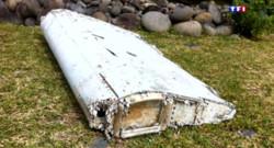 Le 13 heures du 31 juillet 2015 : Crash du MH370 : les doutes se dissipent autour du débris d'avion - 345