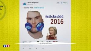 Primaires : grimaces et stickers sur les joues, ce jeune homme se fait remarquer lors du discours de Clinton