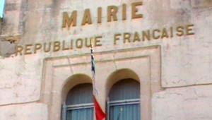 TF1-LCI - Une mairie française