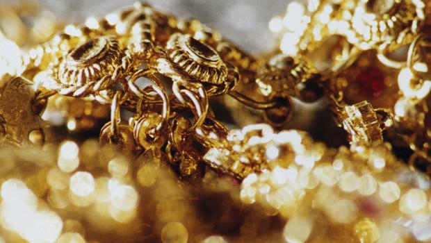 des-bijoux-10747523qcivl_1713