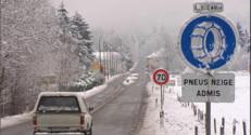 Le 13 heures du 31 janvier 2015 : La neige complique l'accès aux stations de ski - 487.908