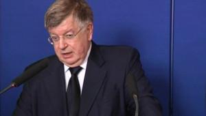 Didier Lombard, PDG de France Télécom, reçu par Xavier Darcos (15 septembre 2009)