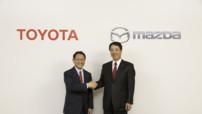Akio Toyoda, président de Toyota, et Masamichi Kogai, PDG de Mazda.