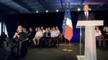 Alain Juppé à la tribune lors d'un meeting de Nicolas Sarkozy dans le cadre de sa