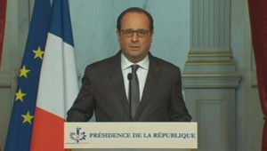 Attaques à Paris : Hollande décrète trois jours de deuil national