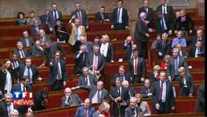 Une question d'un député de gauche à Guéant hystérise l'Assemblée