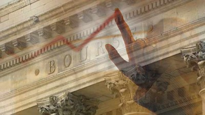Montage photo : graphique sur fond de Bourse de Paris