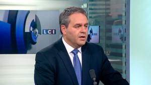 Xavier Bertrand (UMP), invité de Julien Arnaud sur LCI le 26 avril 2012