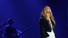 Céline Dion lors de son premier concert à l'AccorHotels Arena à Paris le 24 juin 2016