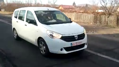 dacia-lodgy-2012-scoop-10626533oybtb_2084