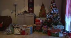 Le 13 heures du 25 décembre 2014 : Le matin de Noël, à l'heure de l'ouverture des cadeaux - 148.00800000000004