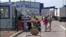 Ukraine : les premiers convois russes passent la frontière