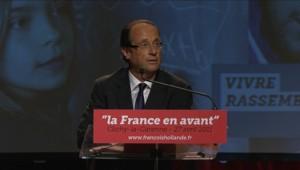 François Hollande lors de son 1er meeting de campagne, le 27 avril 2011 à Clichy-La Garenne