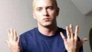 Le rappeur Eminem lors de son passage en France en février 2001