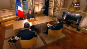 Nicolas Sarkozy en direct sur TF1 et France 2 depuis l'Elysée, interrogé par Jean-Pierre Pernaut et Yves Calvi, le 27 octobre 2011