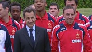 Les Bleus avec Nicolas Sarkozy, le 2 juin 2008