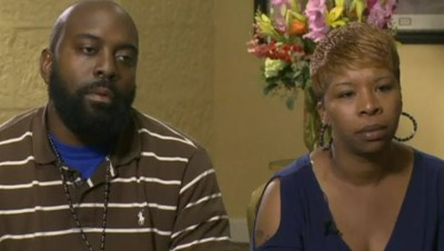 Les parents de Michael Brown, sur CBS, le 21/8/14