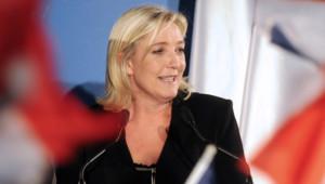 Marine Le Pen à Hénin-Beaumont le 10 juin 2012 FN