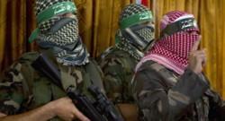 Abu Obeida (à droite), le porte-parole des brigades Ezzedine al-Qassam, la branche armée du Hamas