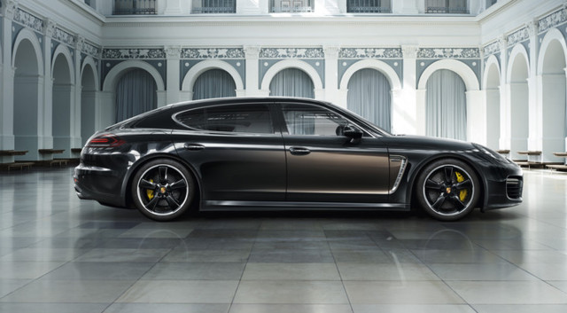 La nouvelle Porsche Panamera Exclusive Series sera présentée au grand public lors du Salon de Los Angeles 2014 le 18 novembre prochain.