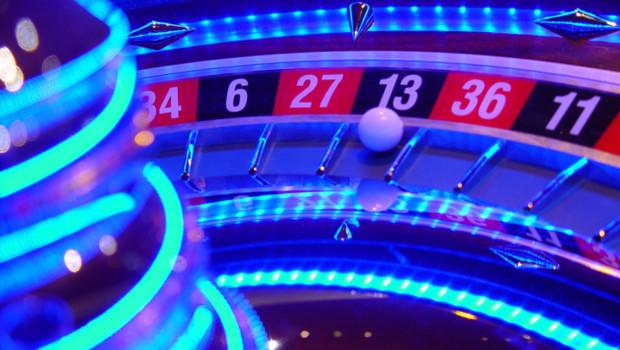 casino jeux d'argent roulettes cartes hasard