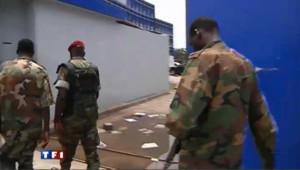 Des patrouilles françaises dans Abidjan en plein chaos