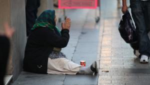 sdf pauvre mendiant pauvreté