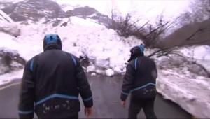 Dans les Pyrénées, les avalanches compliquent l'accès aux stations
