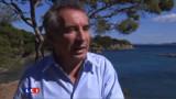 """Bayrou: Un """"seul"""" candidat du centre en 2012"""