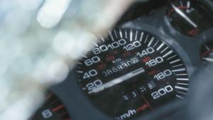 compteur voiture régulateur vitesse route nationale auto automobile