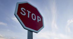 Panneau stop (archives)