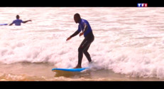 Le 20 heures du 3 mai 2015 : Surfer pour apprendre à se relever - 1738.503