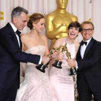 Daniel Day Lewis, Jennifer Lawrence, Anne Hathaway et Christoph Waltz oscarisés le 24 février 2013 à Los Angeles.