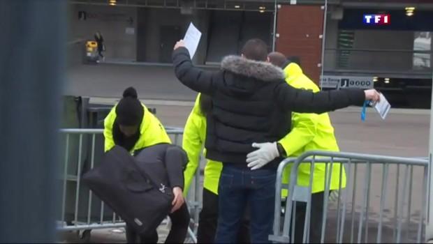 Au Stade de France, la sécurité en place pour le premier match depuis les attentats de novembre