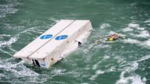 Un des conteneurs à la dérive en Mer du Nord.