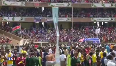 Corruption : 50.000 personnes ont accueilli le pape François au Kenya