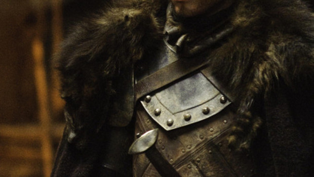 Le Trne de fer Saison 2 (Game of Thrones). Srie cre en 2010. Avec : Nikolaj Coster-Waldau, Michelle Fairley, Lena Headey, Emilia Clarke et Peter Dinklage