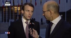 """Macron : """"Il faut préférer la création d'emploi à l'augmentation de salaire"""""""