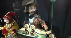Le 13 heures du 25 décembre 2014 : La magie du musée des automates en Isère - 2157.628