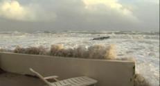 """Le 20 heures du 28 novembre 2014 : H�ult : """"En 60 ans, c%u2019est la premi� fois que je vois la mer aussi d�a�e"""" - 966.245"""