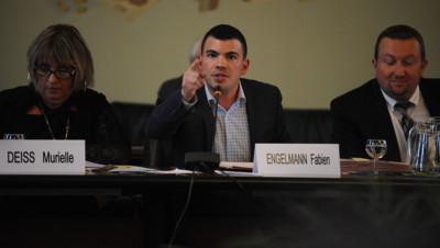 Le maire FN de Hayange, Fabien Engelmann, lors du Conseil municipal le 3 septembre 2014